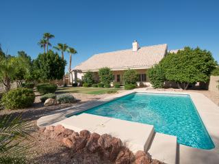 North Mesa Vacation Home - Sleeps 12 - Golf Views