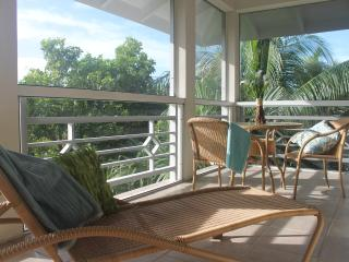 Spacious & tranquil in the heart of Grace Bay, Providenciales