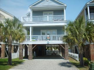 Close to beach on quiet side street., Surfside Beach