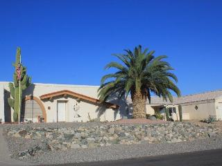 Lake Havasu Vacation Rental Home! 3 beds/2baths, Lake Havasu City