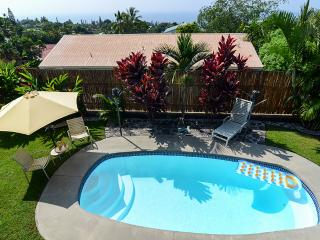 Tropical Private 1BR Kailua-Kona Apartment (Ohana) w/Wifi & Private Saltwater Pool - Easy Access to Beaches, Shopping, Dining, & Numerous Other Big Island Attractions!
