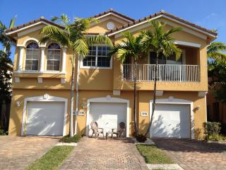 BEAUTIFUL TOWNHOUSE, Palm Beach