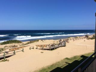 Lovely Ocean Front PH- At Jobos & close to Shackss