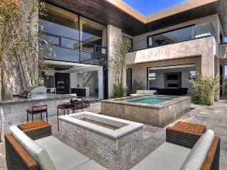 Modern Mansion on the hill!, Redondo Beach