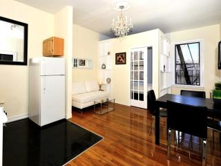 Stylish Apartment 3 Bedroom - Time Square, New York