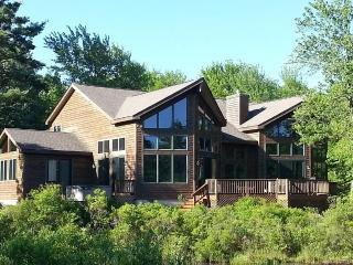 SPECTACULAR WATERFRONT CUSTOM EXECUTIVE HOME, Pocono Pines