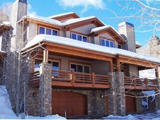 Excellent Location! Walk to Snow Park Lodge, Park City