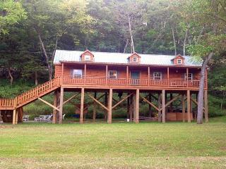 Newly Built Cabin Overlooking the Shenandoah River