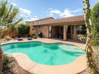 3BR Surprise Home w/Heated Pool, Gas Grill & Patio