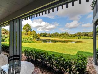 Golfers Retreat! 1BR Haines City Ground-Level Condo at Green Leaf Golf Resort w/Private Lanai & Lovely Golf Course Views - Easy Access to Disney World, Legoland & More!