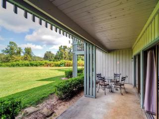 1BR Haines City Condo on Golf Course, Near Disney!