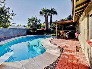 Convenient 3BR Phoenix House w/Private Diving Pool