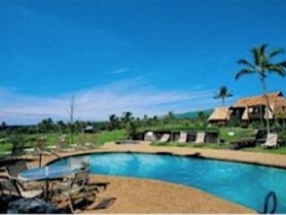 Old Hawaii at Its Best! 1BR Ka'u Condo w/Private Lanai & Community Pool - Walk to Punalu'u Black Sands Beach, 1/2 Hour from Volcano N.P., Pahala