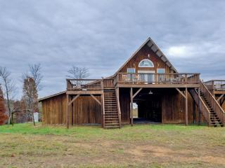 One-of-a-Kind 2BR Lynchburg House w/Outdoor Fire Pit, Large Horse Barn