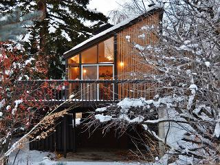 3BR Park City Cabin Located in Old Town - The Perfect Getaway for any Family
