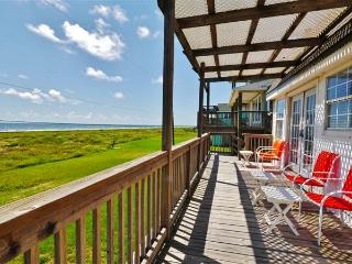 2BR Waterfront Galveston House w/Ocean Views!