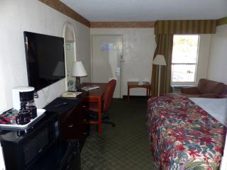 Sarasota Deluxe King Waterfront Suite