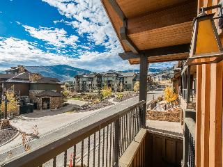 Park City Townhouse w/Hot Tub & Luxury Amenities!