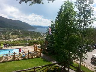 2BR Lake House + Bonus Room - Steps from Lake Granby