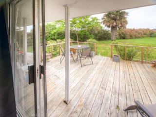 NEW! Pristine 2BR Corpus Christi Cottage w/Wifi, Beautiful Decor & Modern