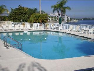 Private Beach 4bed/3Bath EXECUTIVE Town house suite U-430, Bahia Beach, Tampa