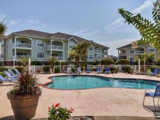 Pristine 3BR Myrtle Beach Condo w/Wifi, Private Patio & Community Amenities Access - Fantastic Golf Course Location! Easy Access to Fishing, Beaches & Popular Area Attractions