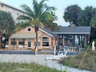 Beach front cottage *Yachtsman, Indian Rocks Beach
