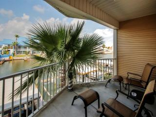 Beautiful 3BR Corpus Christi Condo Just 2 Minutes from the Beach w/Pool Access, Wifi, Private Balcony & Lovely Canal Views - Minutes from Dining, Entertainment & More!