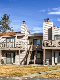 Choose this quaint Fraser vacation rental condo for your next Rocky Mountain retreat!