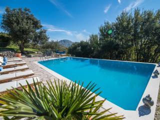 Villa Sunrise Pool
