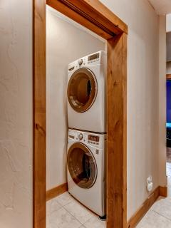 An in-unit washer and dryer are provided for your convenience.