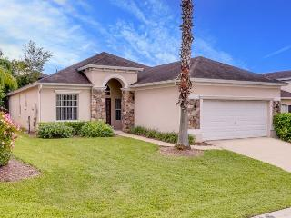 Stay close to Walt Disney World in this spacious 4 br Calabry Parc vacation home with pool., Davenport