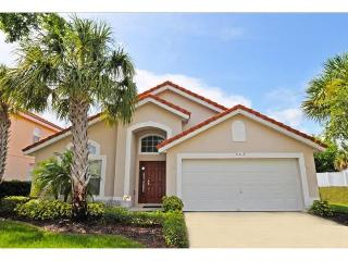 Stay in this beautiful 4 Bedroom Aviana Resort vacation home with game room - just 10 miles from Disney!, Davenport