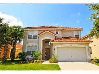 Stay in this 6 Bedroom Dream Vacation Home w/ Private Pool, Game Room and Free Wi-Fi, Near Walt Disney World., Davenport