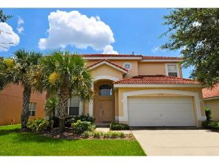 You`ll enjoy getting together at this affordable resort pool home with spa in Aviana Resort just 10 miles to Walt Disney World, Davenport