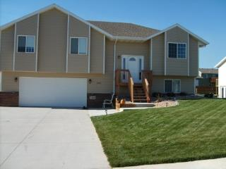 Beautiful Summerset Home - 18 miles to Sturgis!, Black Hawk