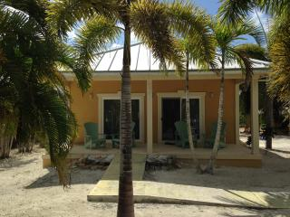 Sun Kissed Bungalow, North Caicos