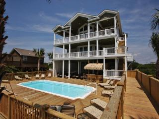 Oceanfront - 16 Bedrooms / 18 Bath-Sleeps 32 To 60