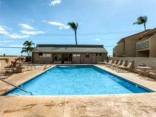 2BR Kihei Condo w/Pool Access & Ocean Views