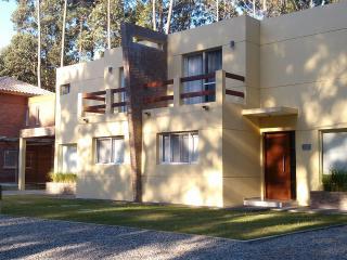 SUNSET HOME - SOLANAS - PUNTA DEL ESTE - URUGUAY