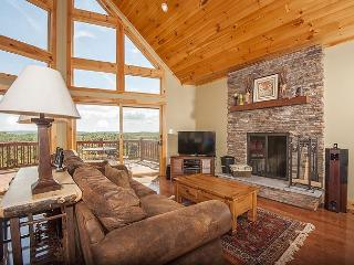 Spectacular 5 Bedroom log home with breathtaking views!, Swanton