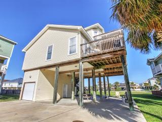 'The Saagar' 3BR Galveston House Near Beach!