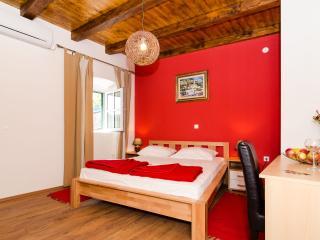 Rooms Cavtat Old Town - Comfort Double Room-First Floor