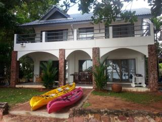 Beachfront villa A2