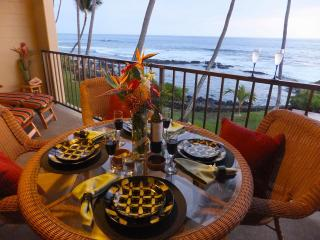 Kona Bali Kai Absolute Oceanfront 2br/2ba Just Steps to the Waves