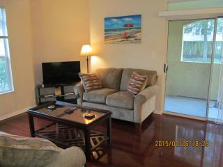 Furnished 1 BR-Close to Everywhere! Apr-Sep Avail, Clearwater