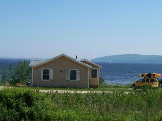 Ocean Front Cottage on Penobscot Bay