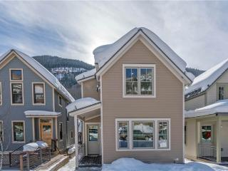 330 West Pacific Avenue A, Telluride