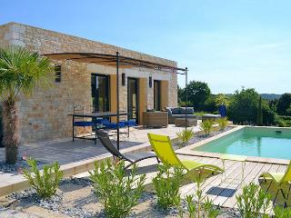 Orgnac L'Aven Ardèche, New villa 6p, private pool in nice surrounding, Orgnac-l'Aven