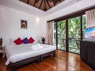 Phuket Holiday Villa 2069